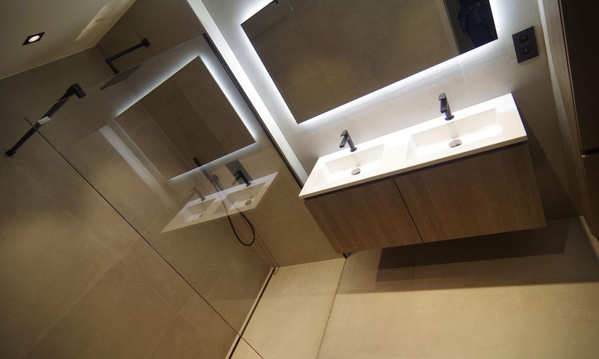 B&W Badkamers | Badkamers en badkamerrenovatie in Heist-op-den-Berg | Moderne badkamer